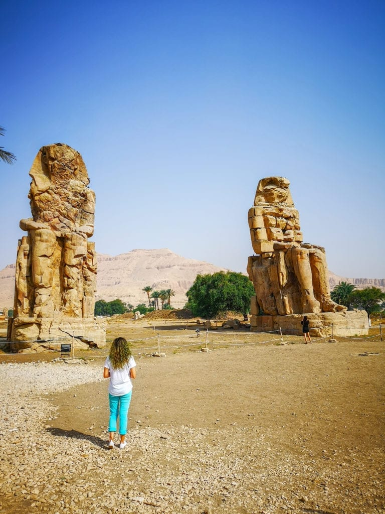 best egypt travel guide colossi of memnon: two stone siting statues