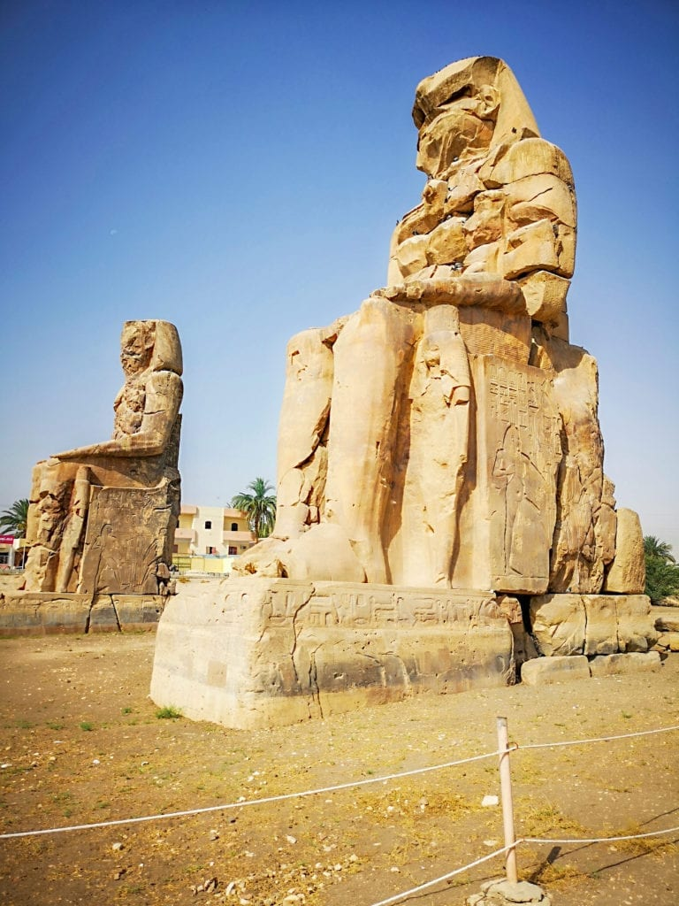 best egypt travel guide colossi of memnon: the whispering statues