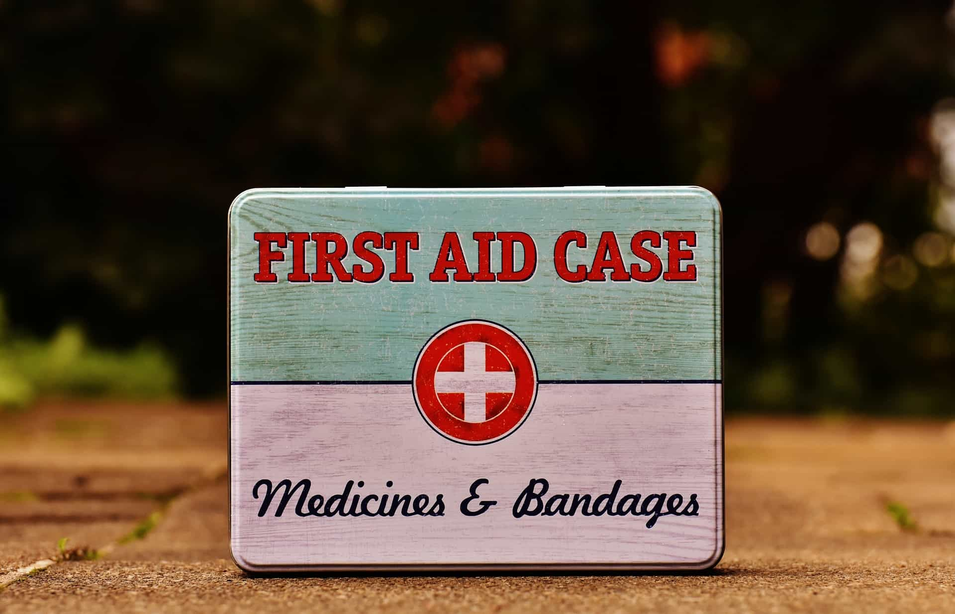 Must be on your vacation packing checklist:Always pack your First Aid kit with you when you plan your vacation, put some medicines on your checklist