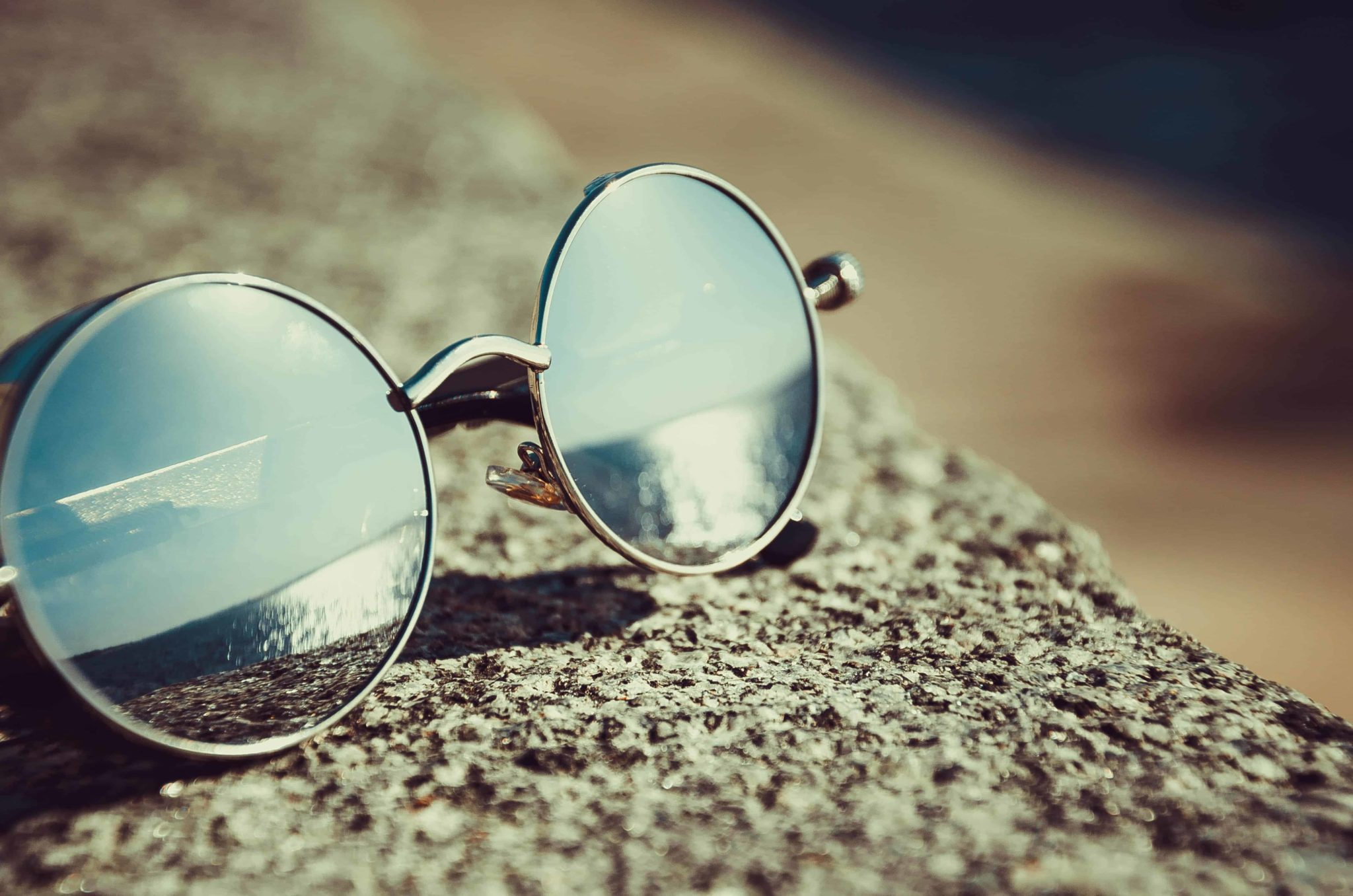Must be on your holiday packing list: Take your sunglasses in all your holidays. Check them on your list when you pack